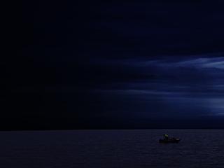 暗中模索のイメージです。